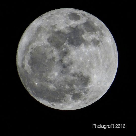 My Supermoon picture on november 14th 2016... Taken in Manilla Photografi Shoot2kill Supermoon2016 Supermoon Nature Photography Nature Caputreit WorldCity Moon Moon Shots