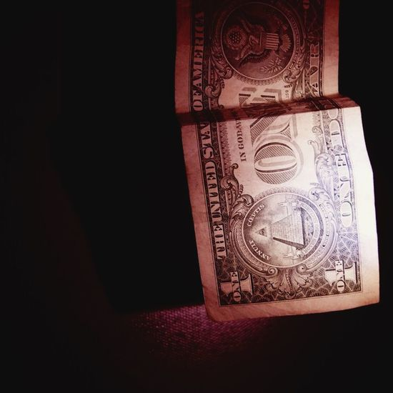 """""""They say money is the root of all evil, I see money as the route of all people"""" EyeEm Best Shots Urban Taking Photos Eye4photography  First Eyeem Photo OpenEdit Creative Light And Shadow Check This Out EyeEm Best Edits Art"""