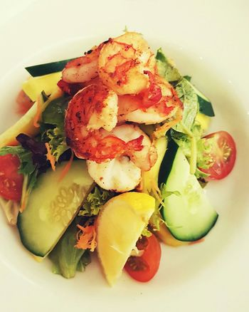 Food Close-up Healthy Eating Freshness Ready-to-eat Multi Colored Salads Shrimp Salad