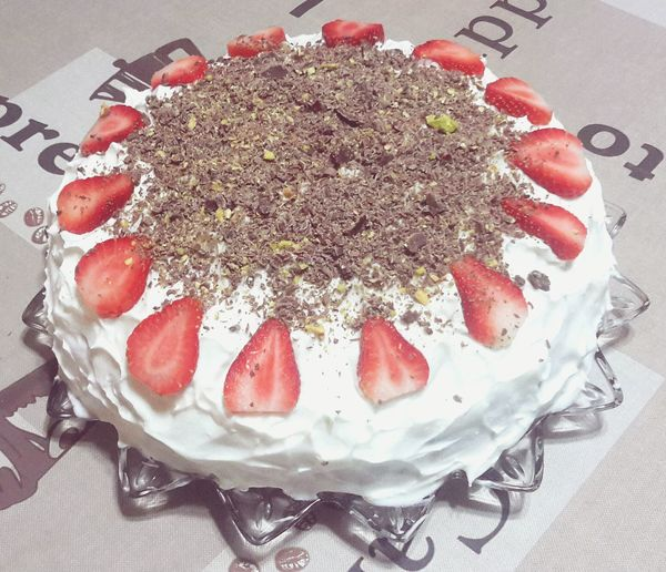 Food And Drink Food Indoors  Cake Ready-to-eat Freshness Close-up Sweet Food Decoration Homemade Dessert Cream Meal Red Messy Strawberry White Baghdad Baghdad , Lraq Istanbul