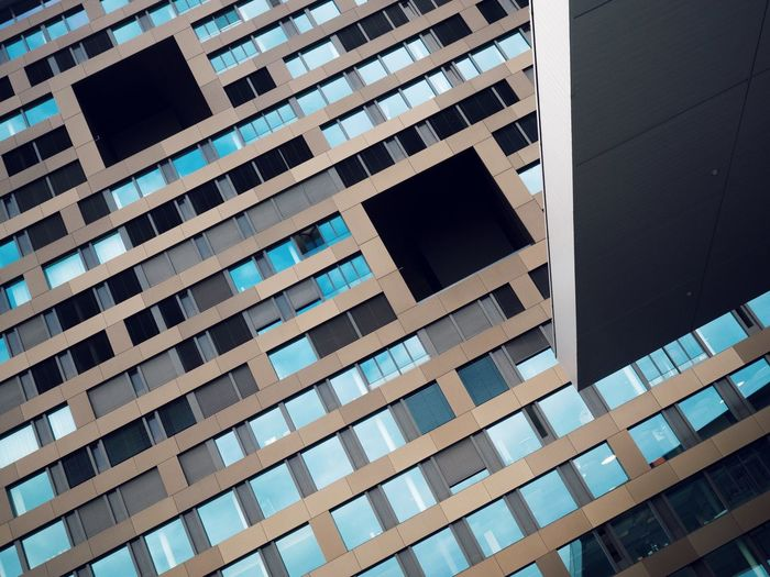Architecture Built Structure Building Exterior No People Pattern Building Window Low Angle View Full Frame Backgrounds Day Repetition Reflection City