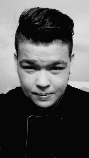 Eyebags Black & White