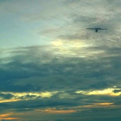 More from the other side (photo credits goes to Naif) Flying Sunset Sky Clouds Freedom Goodtime Gan Adducity Maldives