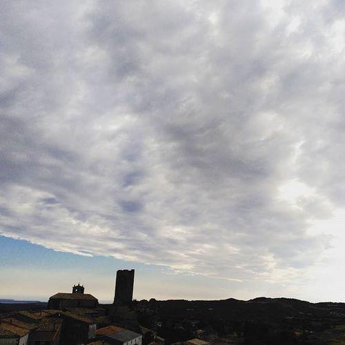 YovisitoCincoVillas Skylovers Luesia Clouds sky Aragón instazgz igerszgz igersaragon