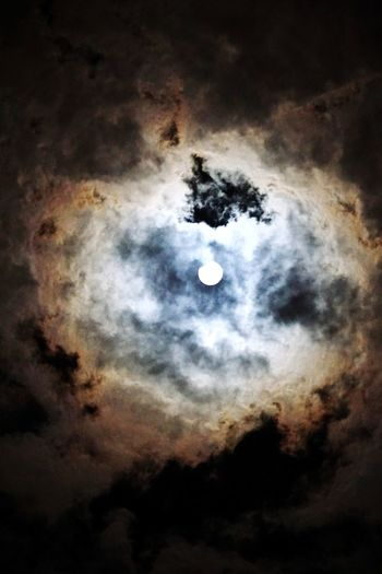 Nightphotography Night Sky Night Shot Bright Moon Moon Astronomy Night Planetary Moon Space Moon Surface Nature Planet - Space Space Exploration Cloud - Sky Tranquility No People Crescent Sky Scenics Outdoors Solar System Half Moon Beauty In Nature