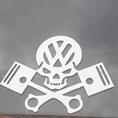 VW motorhead Red No People Outdoors Day VW VW Beetle Motörhead Pistons Skull Volkswagen
