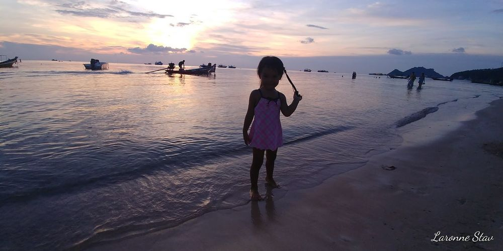 sweet thai baby girl by the sunset at KOH TAO island, summer 2017 By The Seaside Harmony In Nature Harmony Of The Seas Love Thailand Baby Girl Beach Beauty In Nature Cloud - Sky Cute Girl Harmony With Nature Koh Tao Lifestyles Nature Ocean Outdoors Pink Sunset Real People Rear View Sand Sea Sky Sunset Thai Baby