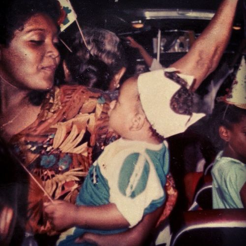Love this woman to death. FIRSTBDAY KINGWADE SHEMYQUEEN Tourbus <3MOMS