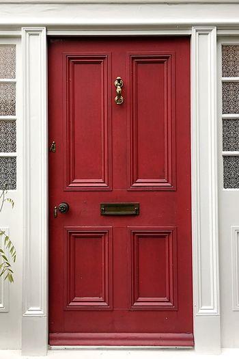 Door Wood - Material Old-fashioned Georgian Wood Timber Red Red Door Safety Design Closed Architecture Close-up Brass Door Knocker Brass Door Fittings Stone Collection Frame Doorway Door Frame Doorporn Doors Lover