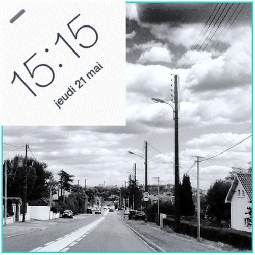 15:15 Balade en Mercedes ;-) HEURE POLARIS Heure Clock Sur La Route On The Road CIELFIE Clouds And Sky Ciel Et Nuages Blackandwhite Noir Et Blanc