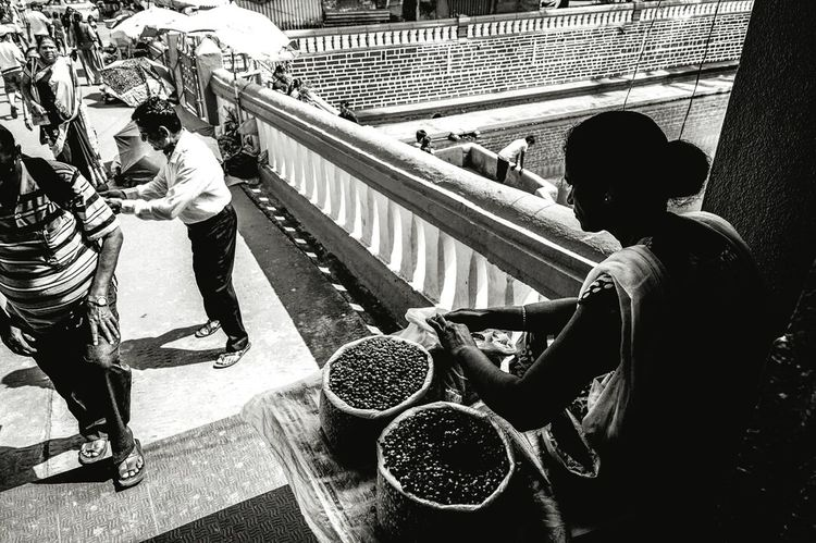 Just a normal day... Women Streetphotography Goa Streetsofindia Streetart Streetphotography_bw Bnw Bnw_friday_eyeemchallenge Bnw_life Bnwlovers Bnw_captures Bnwphotography Bnw_magazine Bnw_demand Bnw_shot Bnw_planet Bnw_of_our_world People Togetherness Adults Only Day Goa India Goadiaries Men Outdoors First Eyeem Photo The Street Photographer - 2017 EyeEm Awards