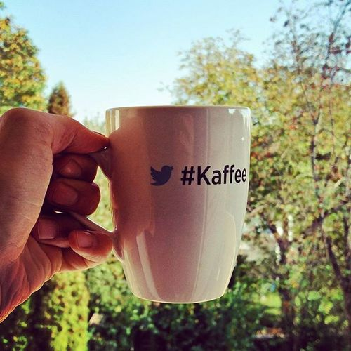 2pm in Germany. Time for a break, a coffee and Twitter! 😉 Coffeetweet ☕ Kaffee Twitter