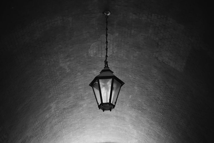 Light Bw