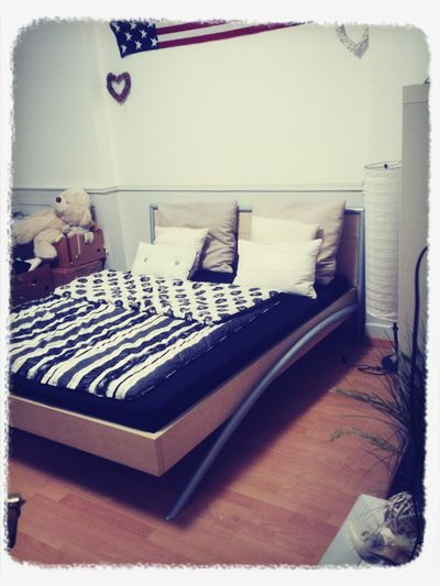 yeah..i've got my new bed…!! ;-) thank you mum and Erik Becker for helping me!