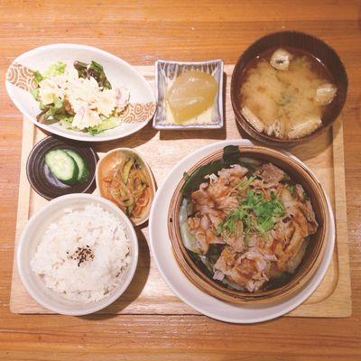 Enjoying A Meal Food Food Porn Japanese Food Japan OSAKA Vegetables Healthy