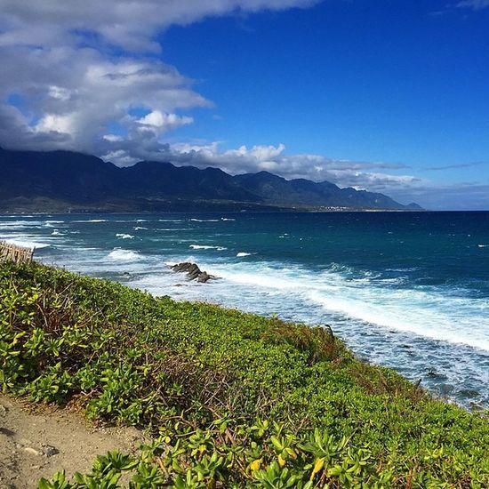 終於一了我想看藍藍大海的心願 好美的景色 滿滿感動 海景 伽路蘭 台東 Taiwan taitung 百萬海景 住這多好 sea beautiful perfect wonderful wave great bestview ohmygod onmymind lovely blue