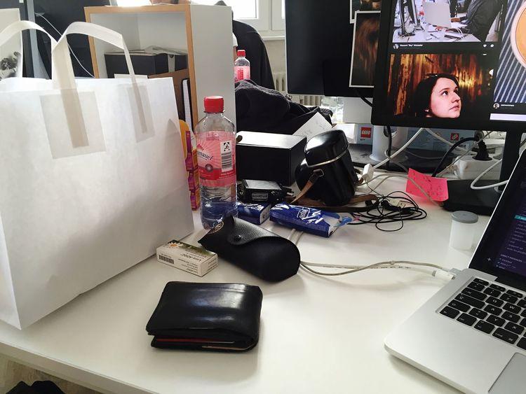Messy Desk Lifechoice