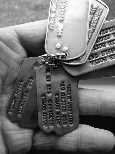Lieblingsteil Three Brothers Dog Tags WWII Artifacts Of Historic Intetest Identification Historical Lifestyles Close-up Human Hand Black And White Photography Black&white Black And White B&w Edit Black&white♥ EyeEm Best Shots - Black + White