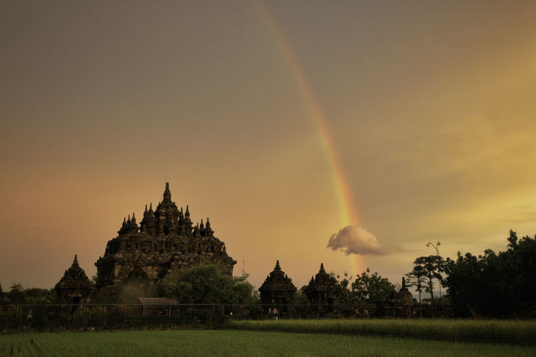 Beautiful moment. Rainbow over Plaosan Temple at Klaten, Middle of Java (near Yogyakarta), Indonesia Amazing architecture Amazing View Ancient Candi Plaosan INDONESIA Jogjakarta Plaosan Plaosan Temple Sunset_collection Yogyakarta Ancient Architecture Ancient Civilization Architecture Beauty In Nature Beauty In Nature History Landscape Nature Rainbow Religion Scenics - Nature Sky Sunset Travel Travel Destinations Adventures In The City