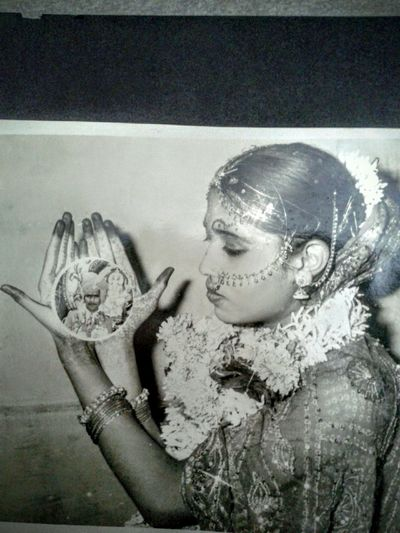 Myparentsweddingphoto 33 years back Nofilter#noedit my life belongs to them What I Value great editing 33 years back :)