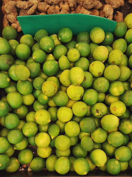 Lemon Lemon Lime Lime Fruit Vegetable Supermarket Shopping