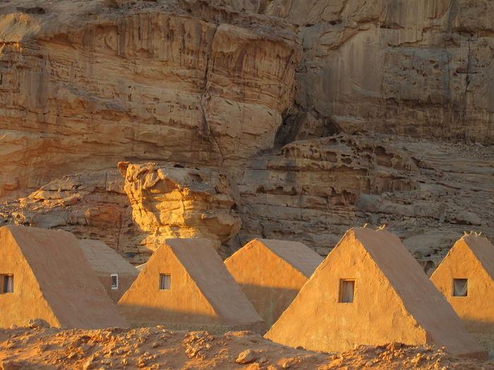 Camp (Wadi Rum Desert, Jordan Jun 2009) Ph. Valerio Corzani Houses Jordan Middle East Wadi Rum Wadi Rum JORDAN Desert Beauty Jordanian Wadi Rum National Park, Jordan
