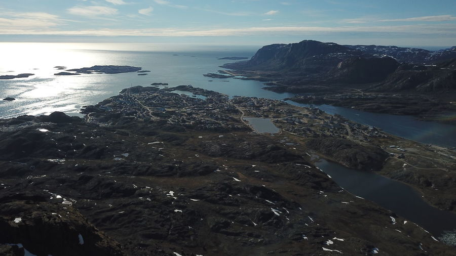 my vacation in sisimiut, is amazing. Drone  Drone Shot Horizontal The Real Greenland This Is Greenland Drone Photography Dronephotography Droneshot Horizon Horizon Over Land Horizon Over Water Mavic Pro Mountain Mountain Range Mountains Sisimiut