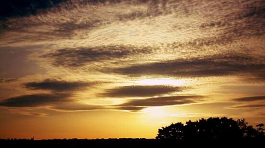 Taking Photos Enjoying Life Colors Of Nature Clouds And Sky Cloud_collection  Sunset_collection EyeEm Sunset Sunset Silhouettes Light And Shadow Tranquility Tranquil Scene Nature Photography Naturelovers Nature No People Harkness State Park Waterford, CT United States