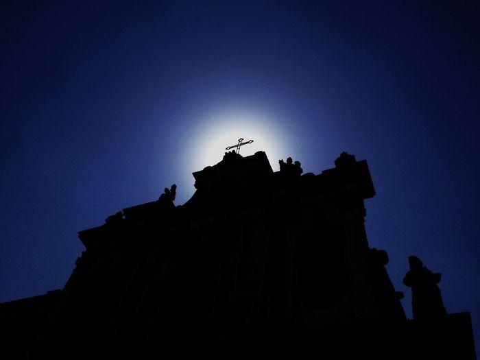 Non so scegliere - Colors Light And Shadow Silhouette Italy dedicata a