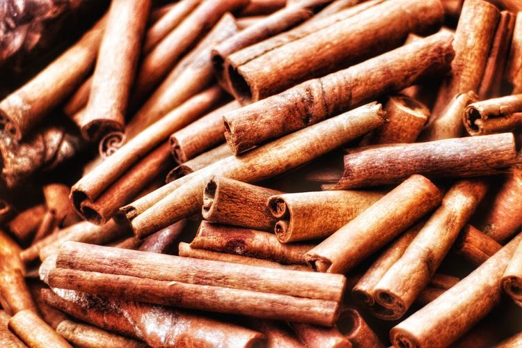Cinammon sticks Full Frame Brown Close-up Backgrounds Metal No People Textured  Bolt Day Outdoors Nut - Fastener Cinamon Cinnamon Cinammon Cinnamon Rolls Cinnamon Sticks Cinnamon Food Spice