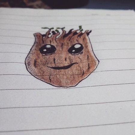 Doodle Desenho Instadoodle Lapisdecor Papelcanetaeumaideia Groot Bicevolution Treino. Tenho muito oq melhorar, mas eu gostei desse adolescente Groot. Rsrsrs