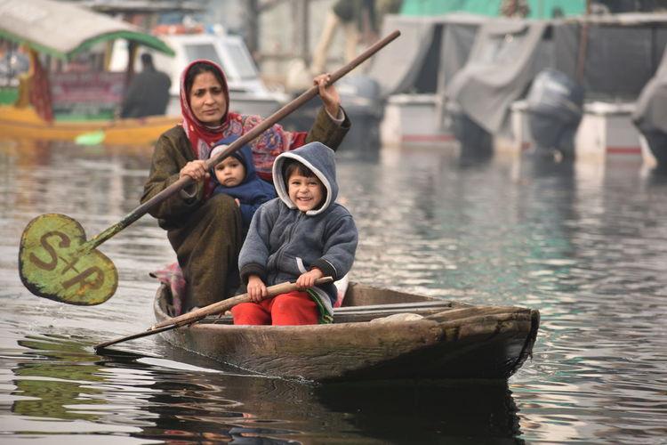 Gondola - Traditional Boat Rowing Water Nautical Vessel Teamwork Oar Child Males  Men Females Paddling Rafting Water Sport Sport Rowing Rowboat Paddleboarding Inflatable Raft Canoe