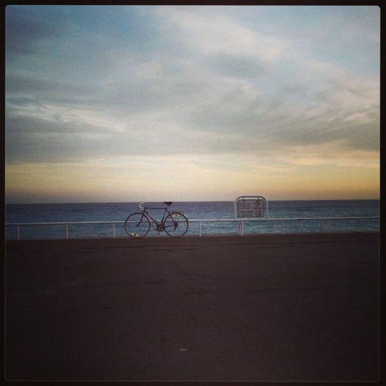 Nizza Nice Memories Memory Instagram Instaeffect Instadaily Instamessage Picturesqueviews Views Cotedazur Sea Seafront Lapromenadedesanglais La Promenade Des Anglais
