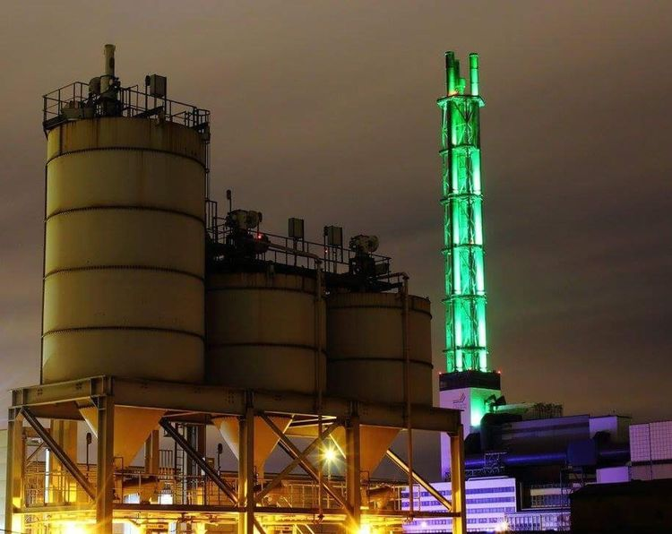 Oil Industry Fuel And Power Generation Factory Industry Refinery Oil Gasoline Storage Tank Night Technology Distillation Crude Oil Gas Environment Oil Refinery No People