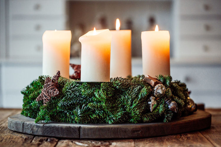Advent wreath Advent Wreath Adventskranz Christmas Christmas Around The World Christmas Lights Wood Wooden Table Xmas Xmas Decorations Burning Candle Christmas Decoration Christmastime Close-up Flame Four Candles Illuminated