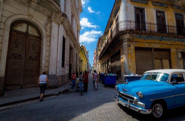 Cuba Building Exterior Architecture Street Transportation Havana Havanna, Cuba The Week Of Eyeem This Week On Eyeem Check This Out The Street Photographer - 2017 EyeEm Awards Been There.
