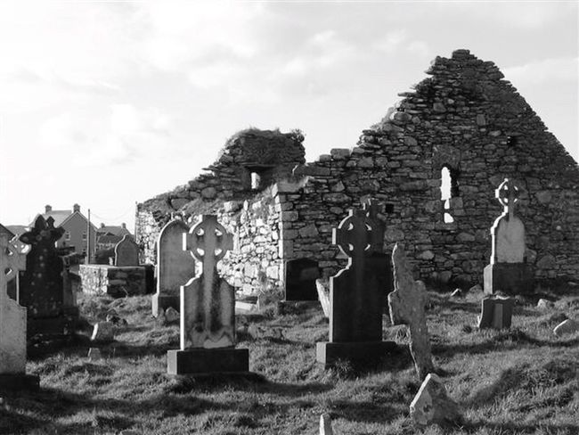 The Great Outdoors - 2017 EyeEm Awards Cemetery Old Ruin Memorial The Past Spirituality Celtic Cross Ireland Blackandwhite