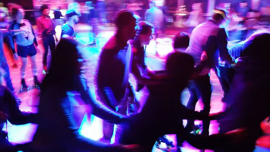 Rollerdisco Disco London Purple Fun Roller Skating Weekend Note4 People Night Out Lights And Shadows Photography In Motion London Lifestyle capturing motion Neon Life #FREIHEITBERLIN