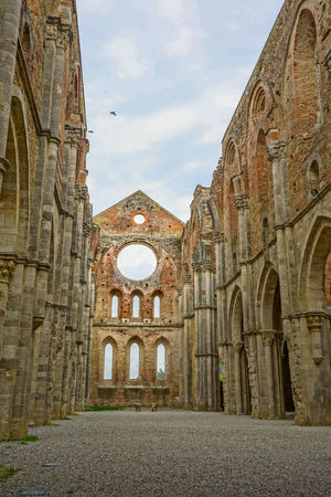 Abbazia Di San Galgano Abbazia Di San Galgano, Chiusdino, Italia, 2017 Italia Italie Italien Italy 🇮🇹 Kloster Sacral Architecture San Galgano,tuscany Toscana Tuscany Worship Abbazia Ancient Ancient Civilization Arch Architecture Building Exterior Built Structure Chiusdino Day History Italy Italy❤️ Italy🇮🇹 No People Old Ruin Outdoors Place Of Worship Religion Sacral Building San Galgano San Galgano Cathedral San Galgano, Toscana. Sky Spirituality The Past Tourism Travel Destinations ıtaly