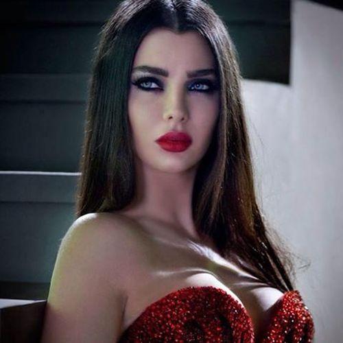 وااااو.....فديت ديوس قمووورتي حبيبتي أنا♥♥♥ ..... ألي بدهون يتناكوا مع حبيب قمر السوري بليلة الدخلة