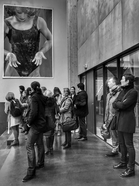 Insep Visitors 😀 Gymnastic Paris France Photooftheday People Picture Moments Outofthephone Mobilephotography Iphoneonly IPhoneography Iphonephotooftheday Iphonephotography EyeEm IPhoneography Iphonographie Snapseed Black And White Bnw_captures Bnw Bnw_mood Group Of People Indoors