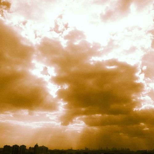The heart of dubai :) ♡♡ Theviews Dubai Coldweather UAE