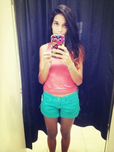 Finalmente achei um short número 34. Milagre!!! Clothes Cute Happy Girl