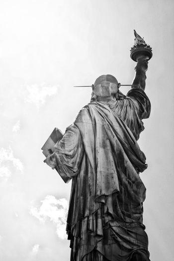 Landmarks Liberty Liberty Island New York New York City Statue Statue Of Liberty Statue Of Liberty New York Black And White Black And White Photography Contrast Landmark Sculpture Sky Statue Statues Travel Destinations