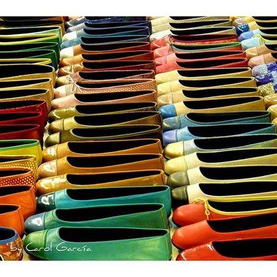 Uno para cada día Chumbea Colors Colores Zapatos Shoes Primerolacomunidad Descubriendoigers Lovecolors Photo Composition SPAIN Varios Diversidad Landscape Total Amazing Beauty Beatiful Complementos Rojo Red Verde Green Amarillo Yellow happycolors coloryourlife coloryourworld total_colors