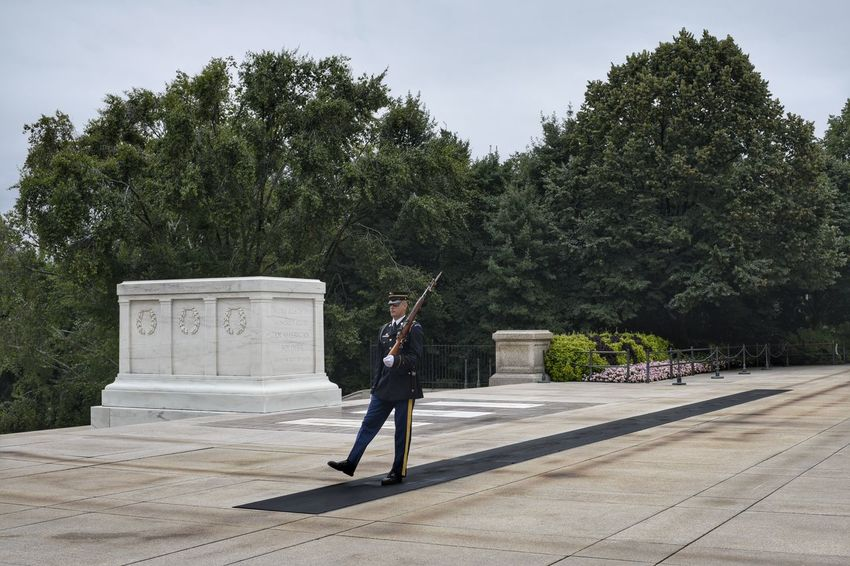 Arlington National Cemetary Army Day Full Length Men Outdoors Real People Soldier Tomb Of The Unknown Soldier Travel Tree Walking