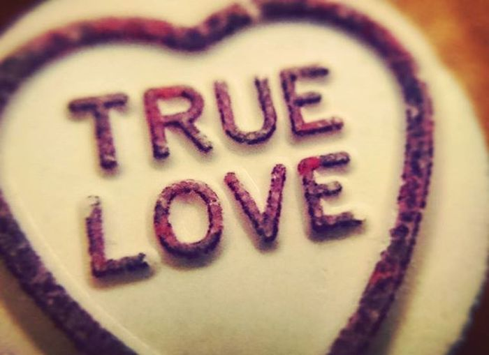 True Love ♥ Love Truelove Lovehearts Heart Sweet Candy Food Eat Snack Romantic Cute Lovers Macro Closeup Macro_perfection Macro_captures Macroworld_tr PhonePic XPERIA Macrolens Instaromance Cutequotes Lollypop