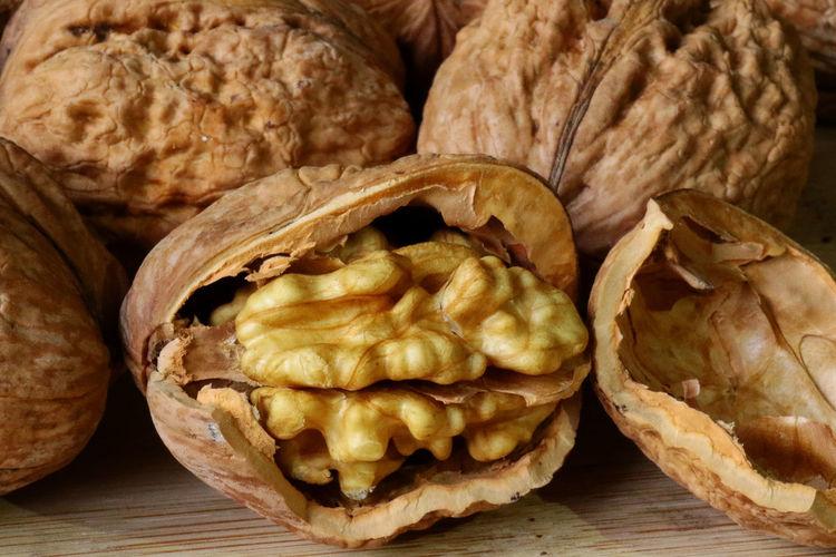 To walnut lover