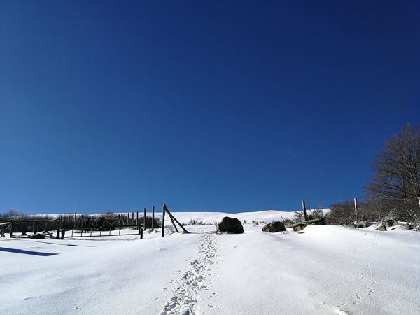 Gate Ice Pratomagno Toscana Trekking Tuscany Winter Adventure Casentino Cold Temperature Day Mountain Nature No People Outdoors Sky Snow Tranquility Valdarno White Color