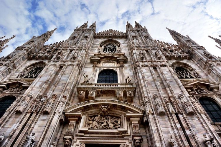 Milano Milan Italy Italia Cathedral Doumo De Milano Doumo Di Milano Place Of Worship Religion Architecture Building Exterior Spirituality Low Angle View Built Structure Sky Lookingup Rose Window Old Architecture Architecture Architecture_collection Church Building Tourist Attraction  Travel Photography The City Light Flying High The Architect - 2017 EyeEm Awards Been There.